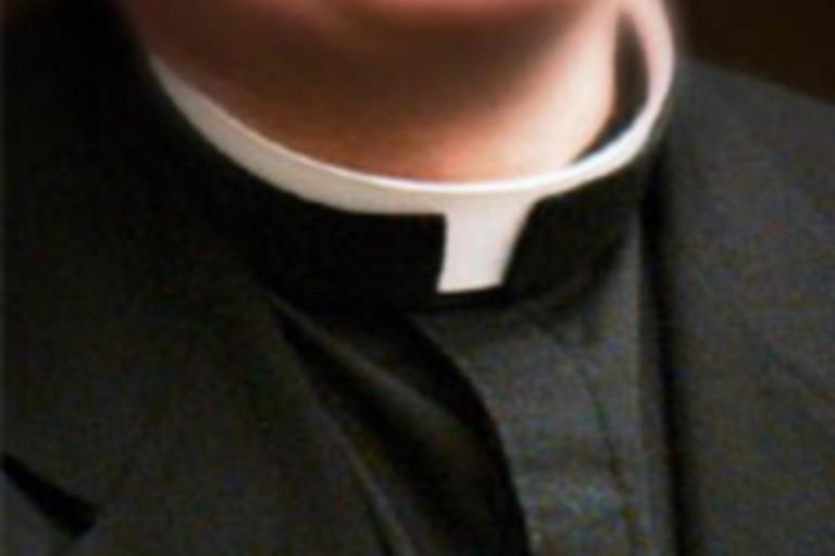 Scandalo a Napoli, festini in canonica e incontri hot: 60 preti coinvolti