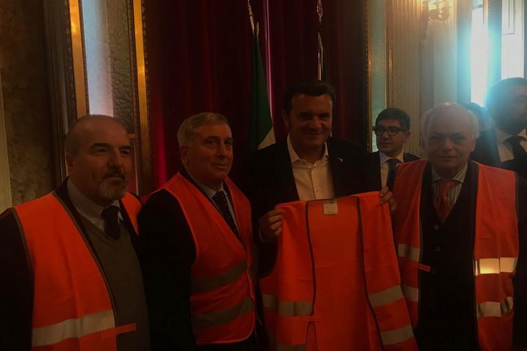 I gilet arancioni incontrano il Ministro Centinaio