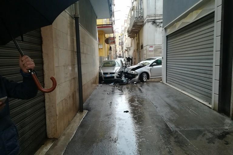 Tragedia sfiorata: incidente nel primo pomeriggio (Foto Luciana Cusanno)
