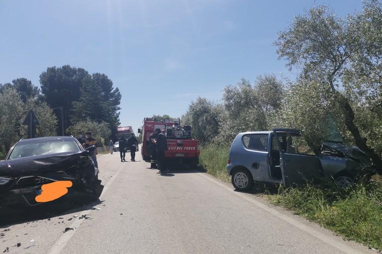 Violento incidente sulla Corato - Gravina, 3 persone coinvolte