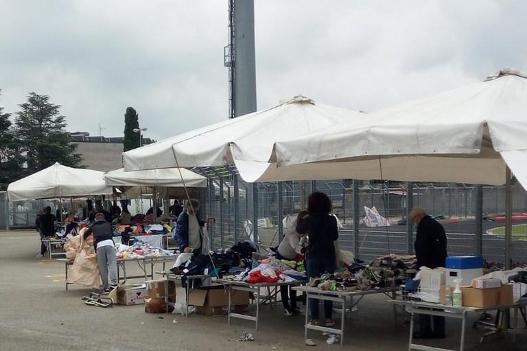 Mercato nello stadio