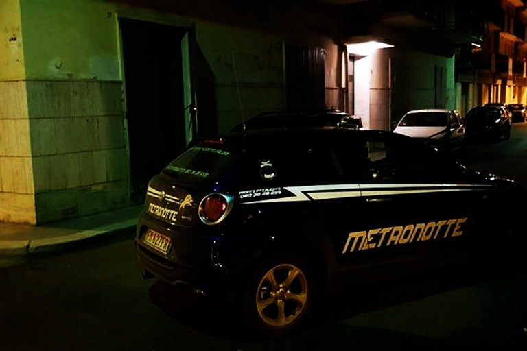 Corato ladri in azione nella notte ai danni di garage e for Piani di garage con deposito soffitta