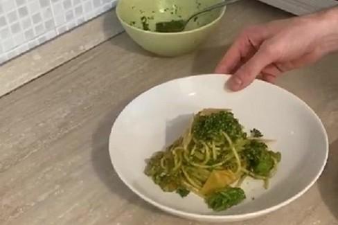 Gli spaghetti ai broccoli di Antonio Lucatelli