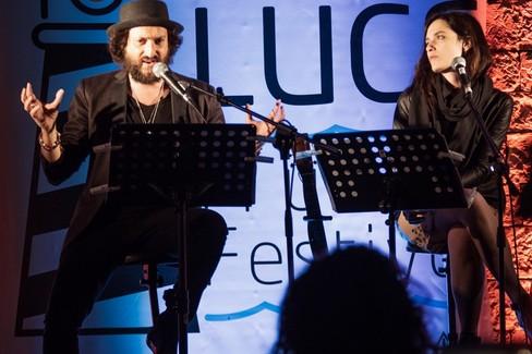 Erica Mou e Cosimo Damiano Damato raccontano la Merini fra poesie e canzoni