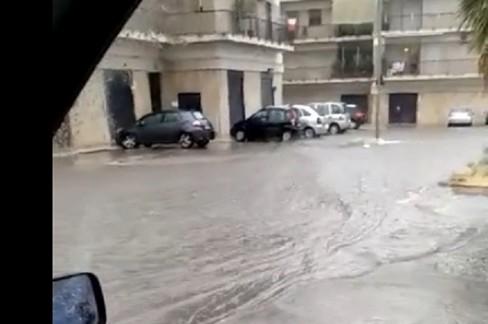 Violento nubifragio si abbatte su Corato. Ventitrè millimetri di acqua e grandine in poche ore