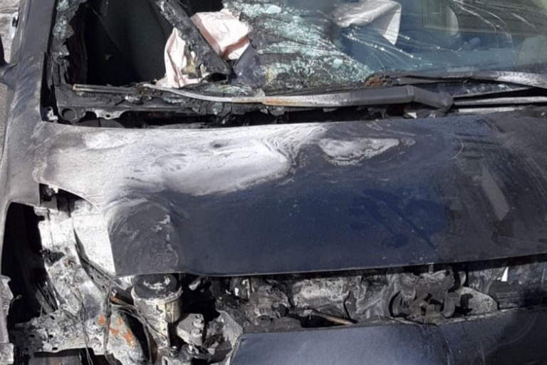 Auto bruciata