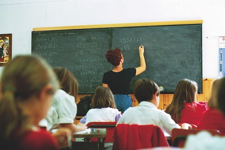 Anomalie nelle immissioni in ruolo di numerosi docenti pugliesi