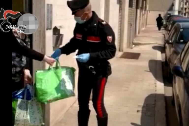 Consegna pranzo Carabinieri